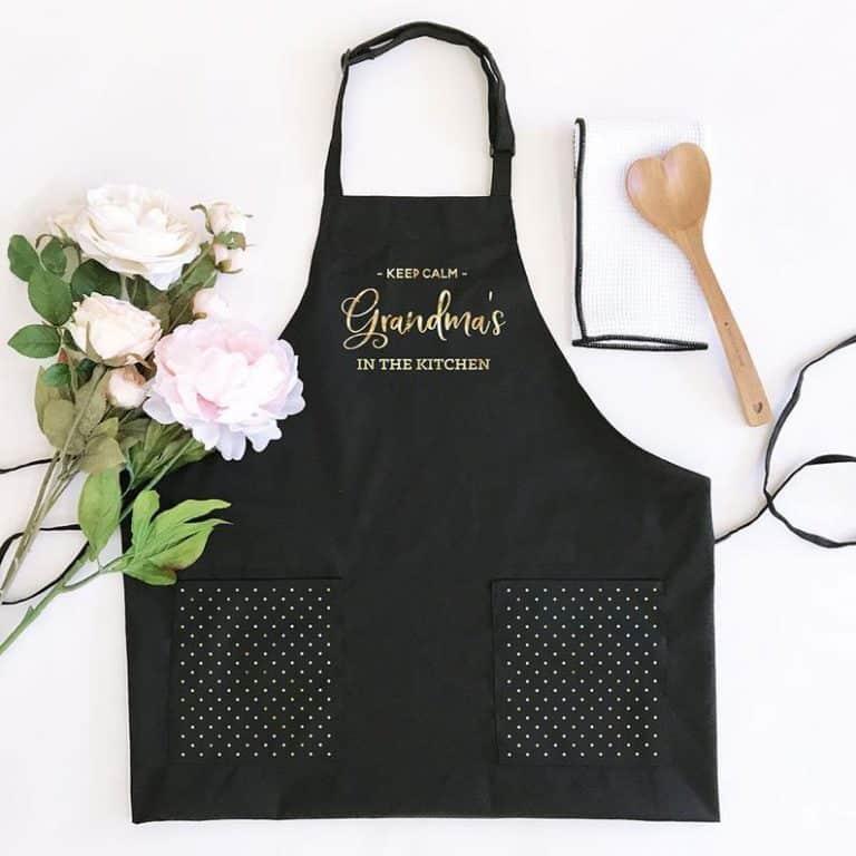 personalized grandma gift: personalized kitchen apron