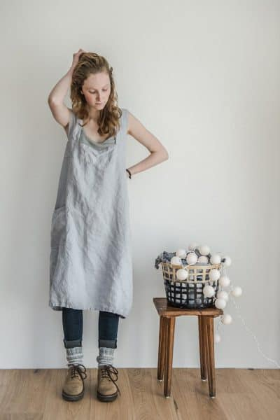 linen gift for her on 4 year wedding anniversary: linen pinafore apron