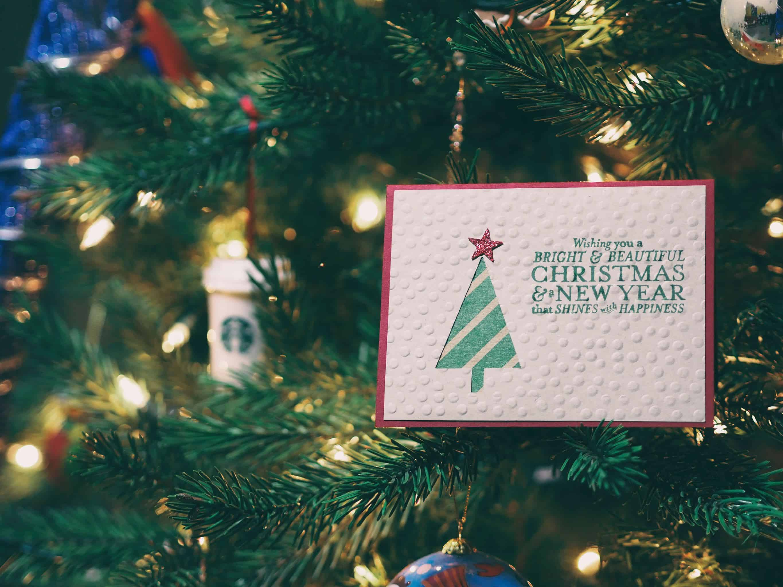 80 Funny Witty Christmas Card Sayings For Holiday 2020
