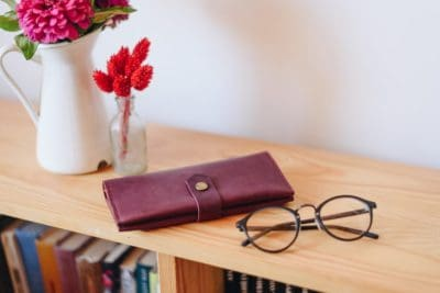 traditional 3rd anniversary gifts for her:Woman Wallet