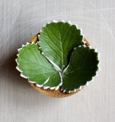 pottery gifts: clay leaf bowls