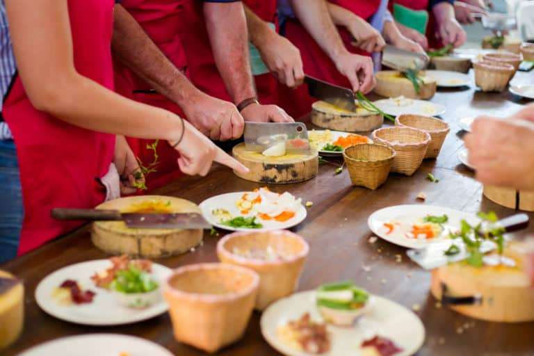 cooking classes - first anniversary gifts