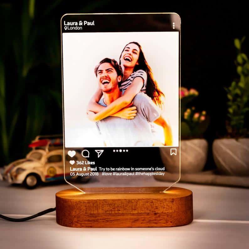 valentine presents for boyfriends: instagram style LED lamp