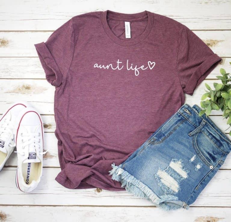 presents for aunts - script shirt