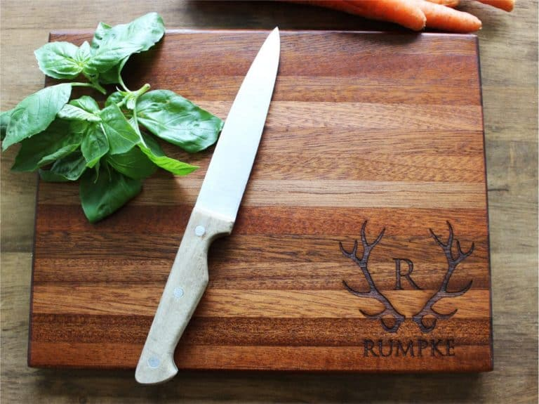 Personalized cutting board - best housewarming gifts for guys