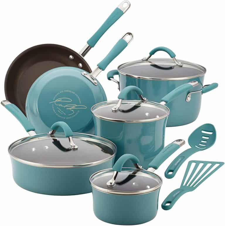 gifts for 19 year old male college student:Pots and Pans Set
