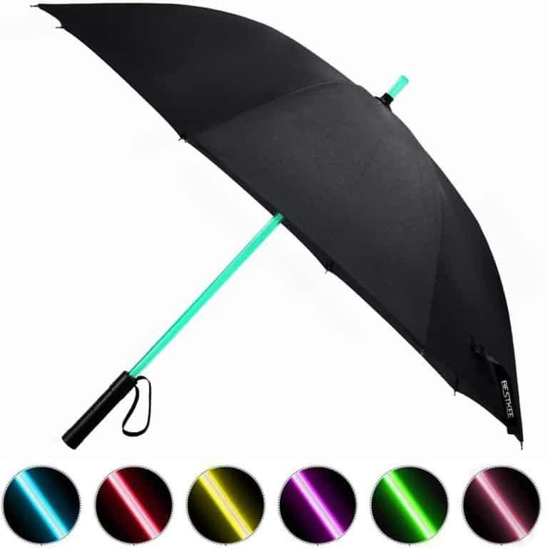 geeky gifts: light saber umbrella