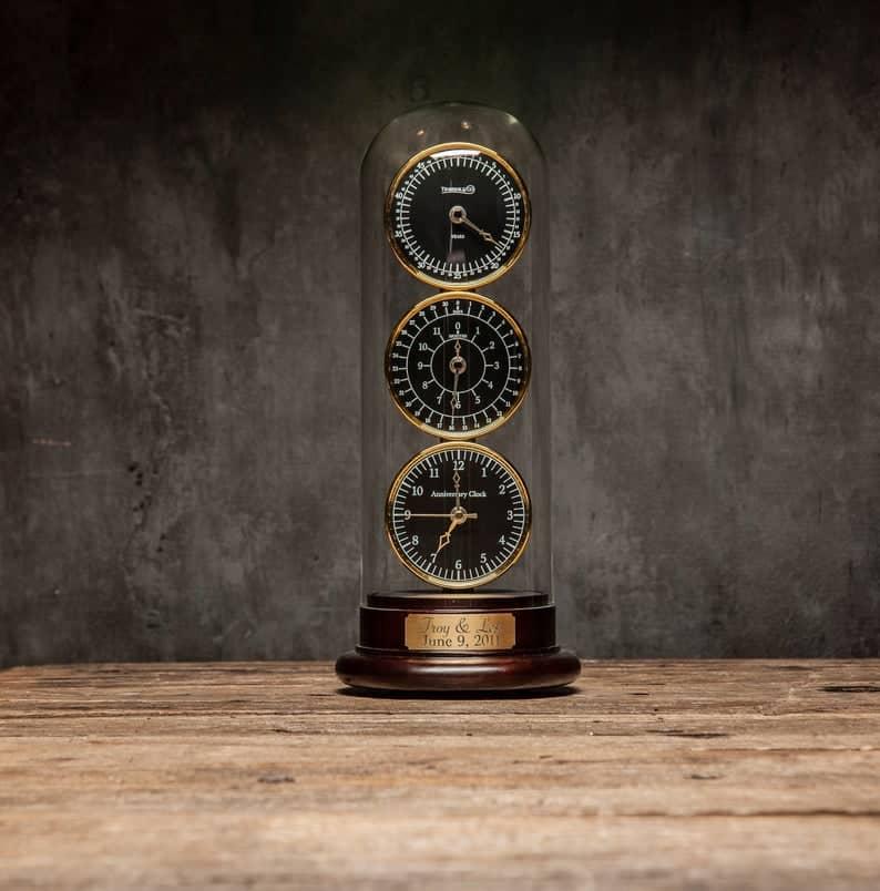unique anniversary gifts: wedding anniversary clock