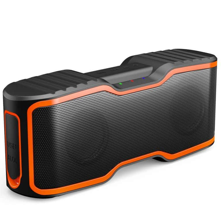 bachelor pad gifts: wireless bluetooth speakers