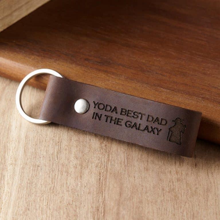 star wars gift for dad: yoda best dad keychain