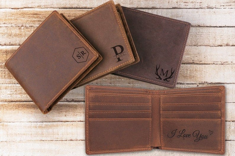 uncle Christmas gifts: Personalized leather wallet
