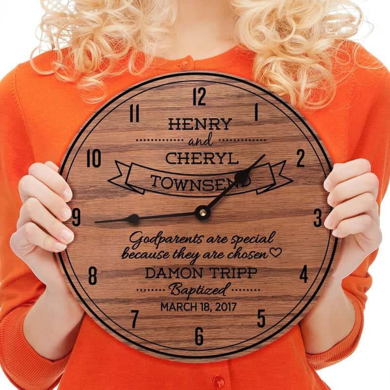 gifts for godfather at baptism: Personalized baptismal clock