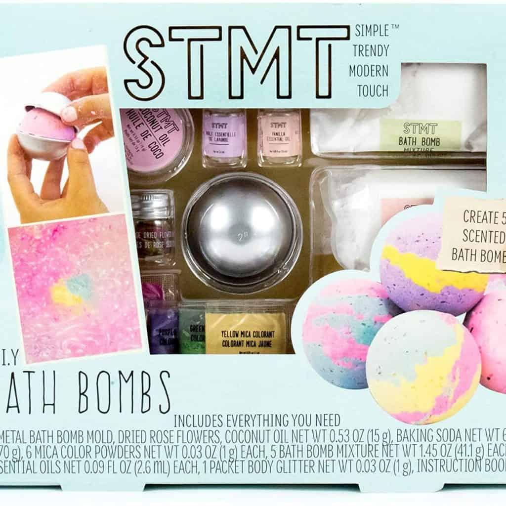 Bath Bombs Kit in a box