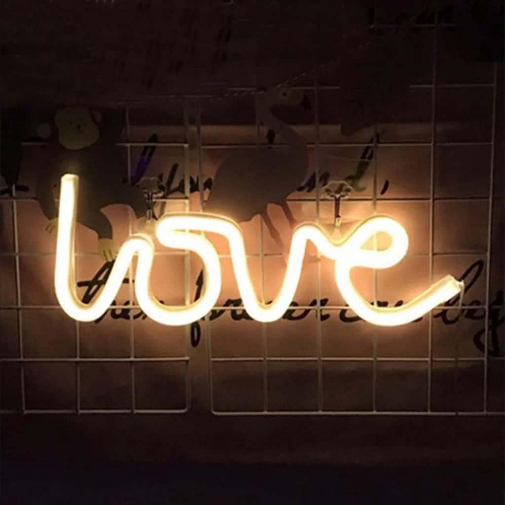 Led Neon Light Sign in shaped of Love