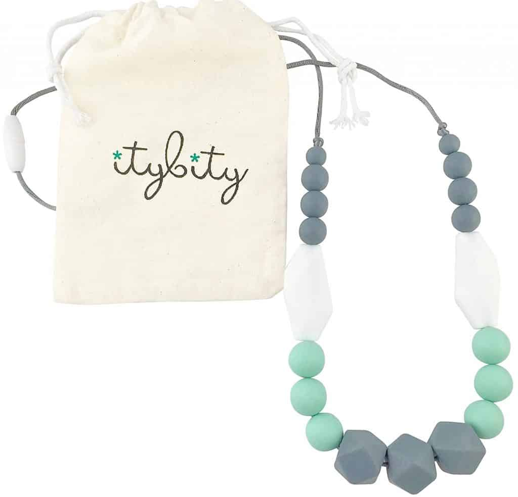 gift for new mom: baby teething necklace