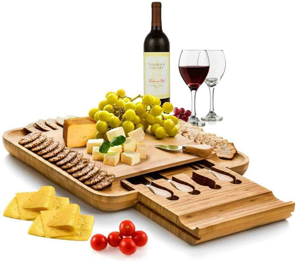 good christmas gifts for mom: Cheese Board and Knife Set