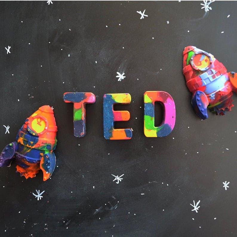 stocking stuffers for boys: crayon name