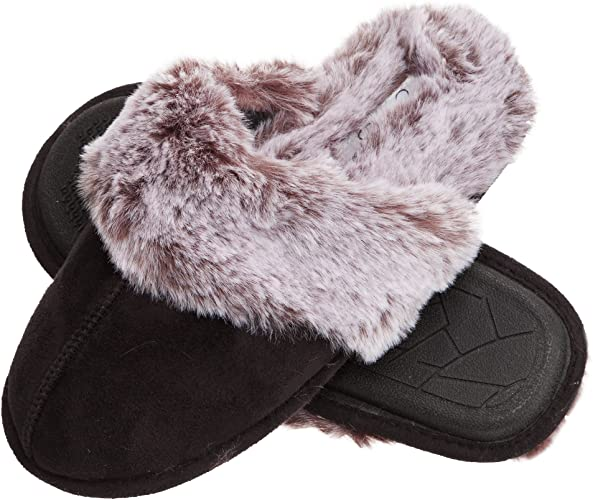 gifts for women: faux fur slippers