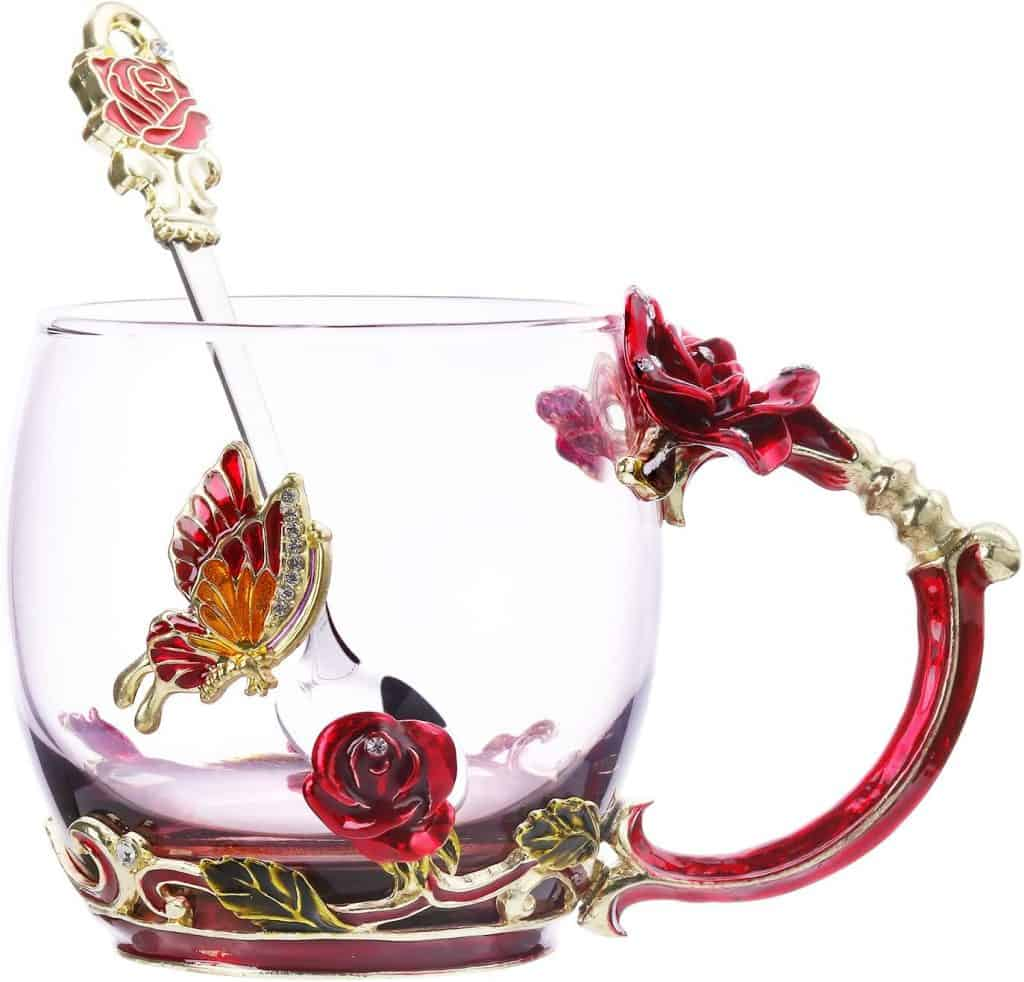 christmas gifts for mom who has everything: flower teacup