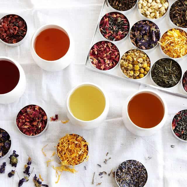 gifts for seniors: green herbal tea kit