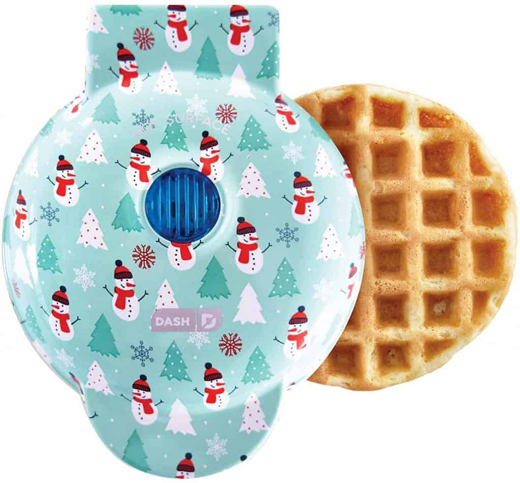 gifts for mom for christmas: waffle maker