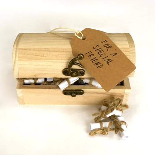 Message and Quote Chest - leaving gift