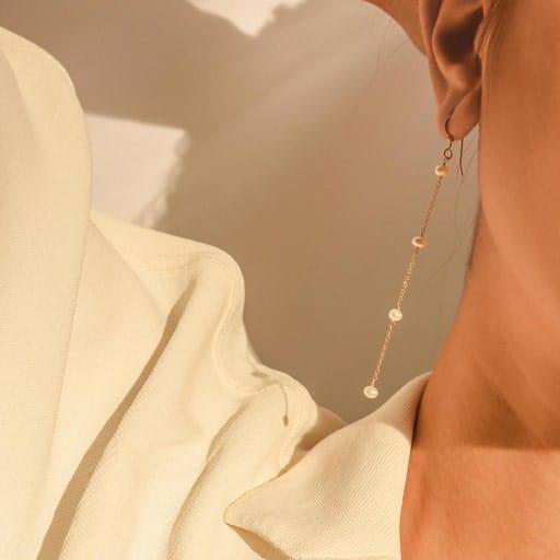 Pearl Earrings - college graduation presents