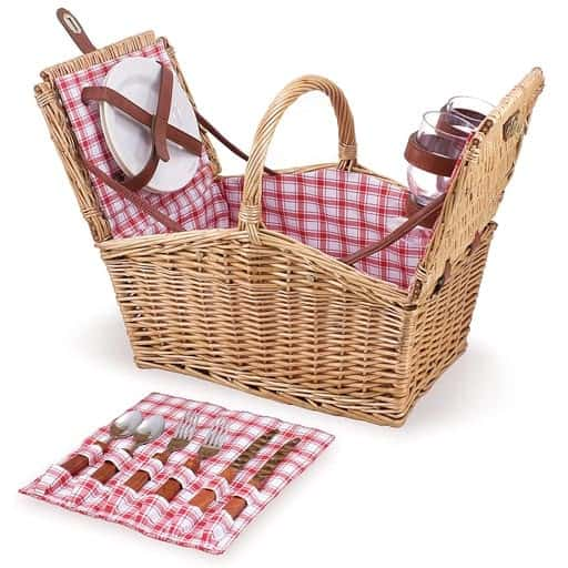 Picnic Basket for Two - girlfriend gift ideas