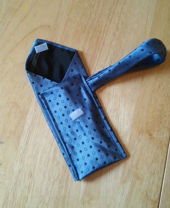 diy christmas gift for men: Wallet With Old Ties