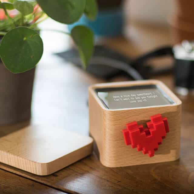 valentine gifts for long distance relationships: lovebox spinning heart with message