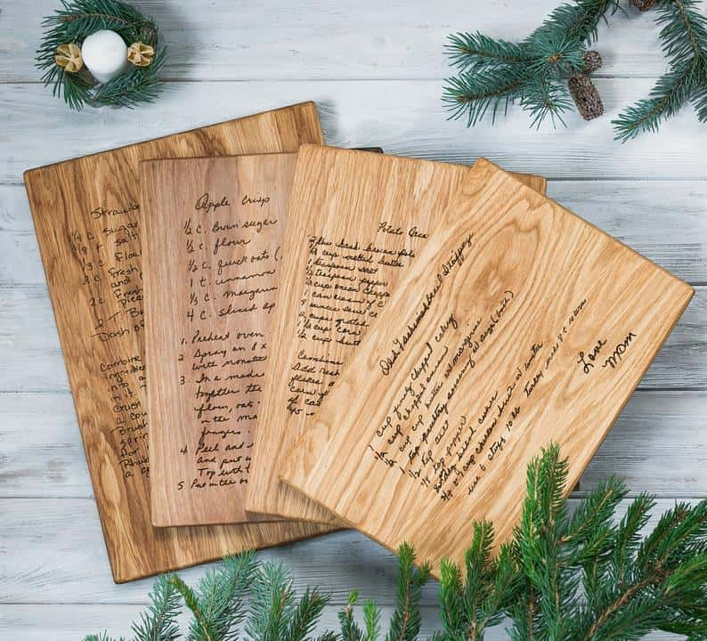 christmas gifts for the wife: recipe cutting board