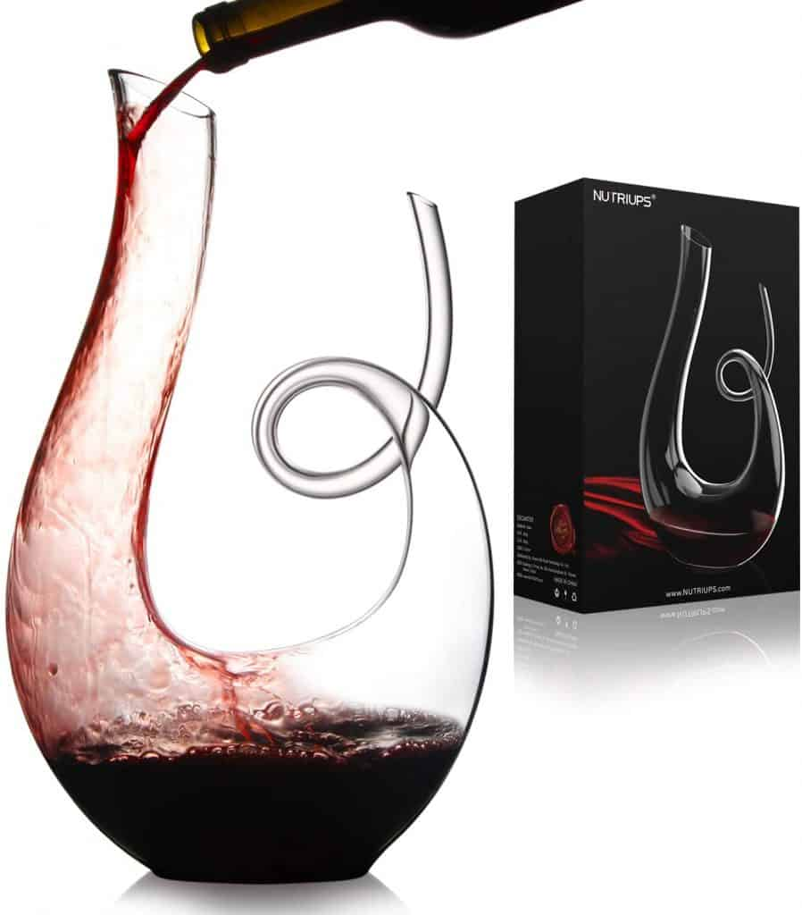 gifts for wine lovers: wine decanter carafe