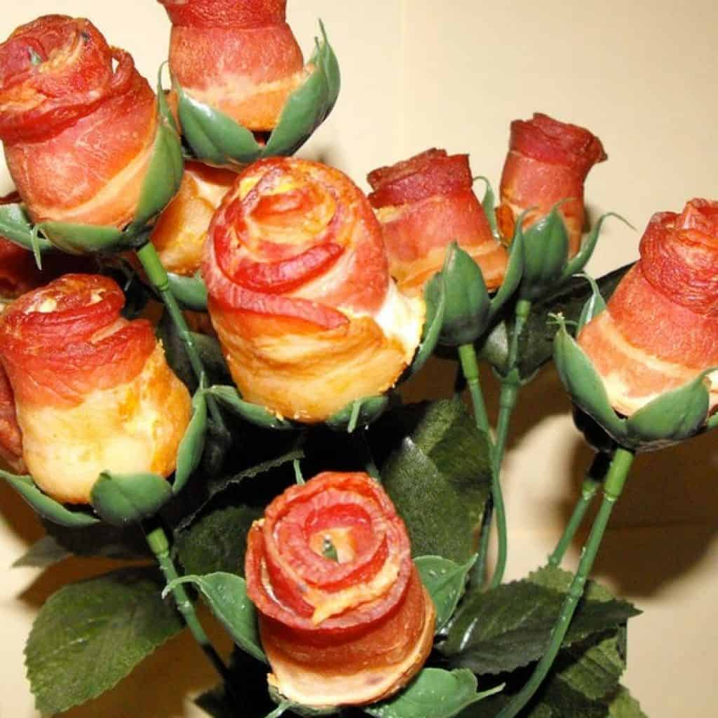 creative valentine's day gifts for boyfriend: bacon roses