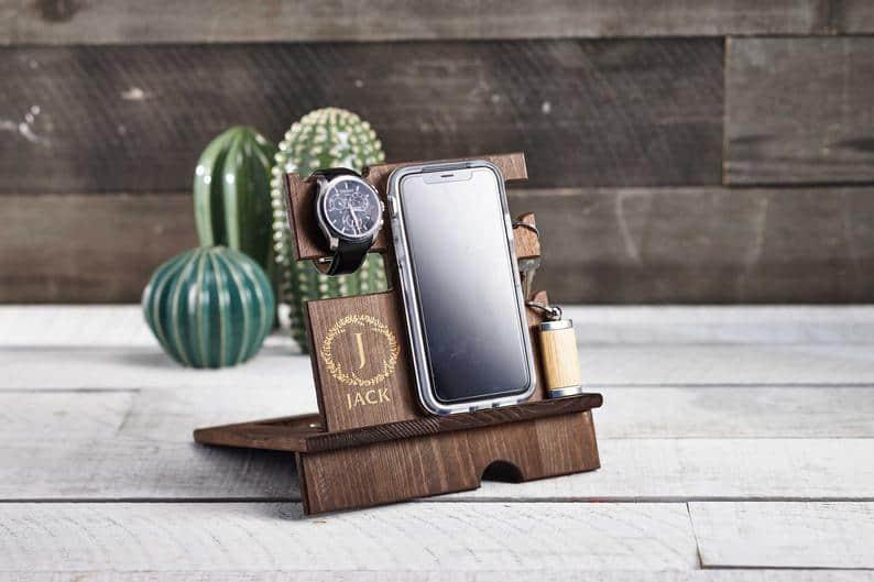 gift ideas for men: engraved wooden docking station - organizer