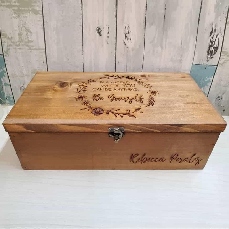 Graduation Keepsake Box - ideas for graduation gift