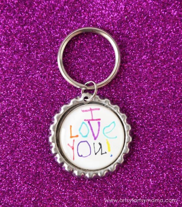 simple mothers day gifts: bottle cap keychain