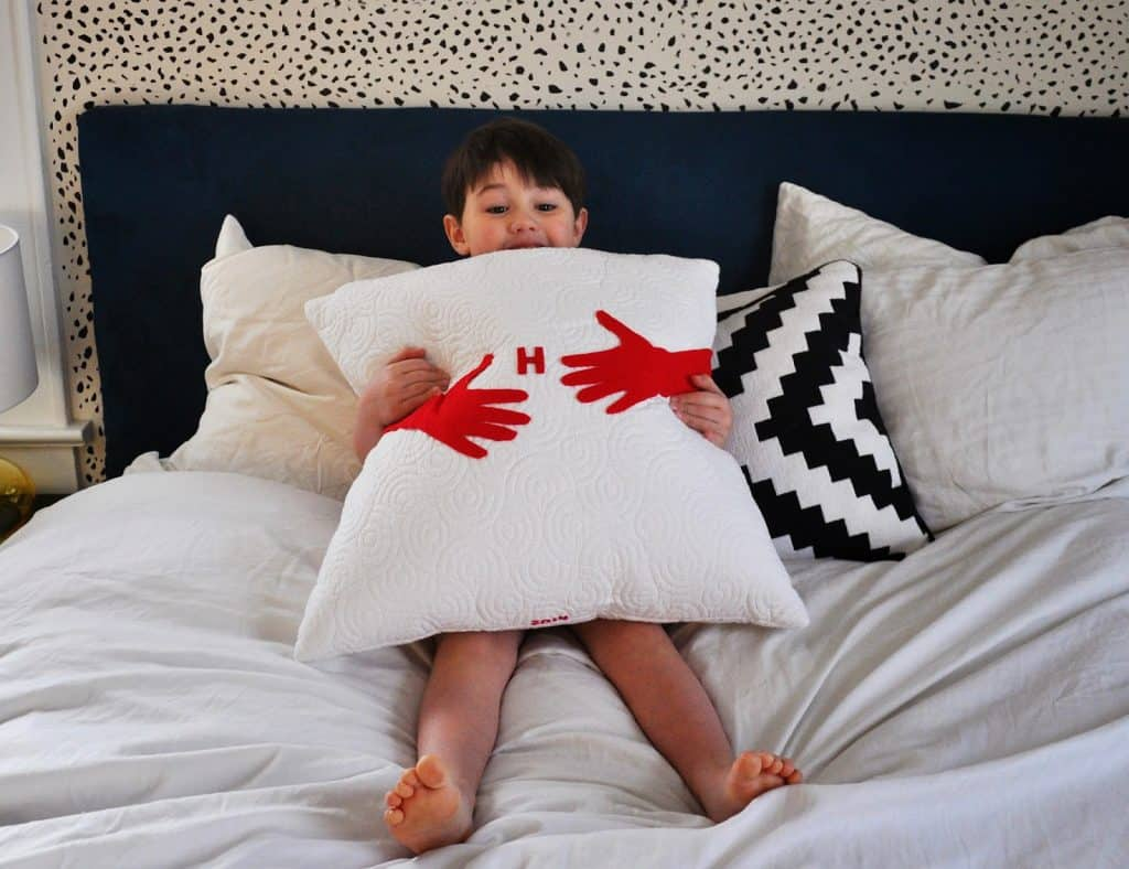 homemade mothers day gifts from child: diy hug pillow