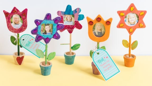 diy gifts ideas for mom: diy photo flowers
