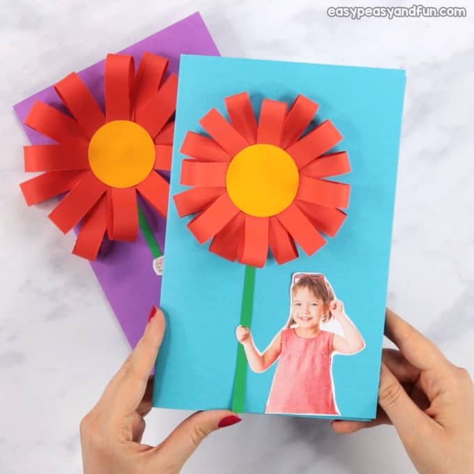 homemade mothers day gifts from child: paper flower card