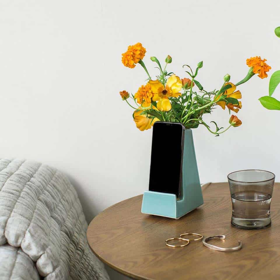 Bloom Phone Vase - gifts for mom on mothers day from daughters
