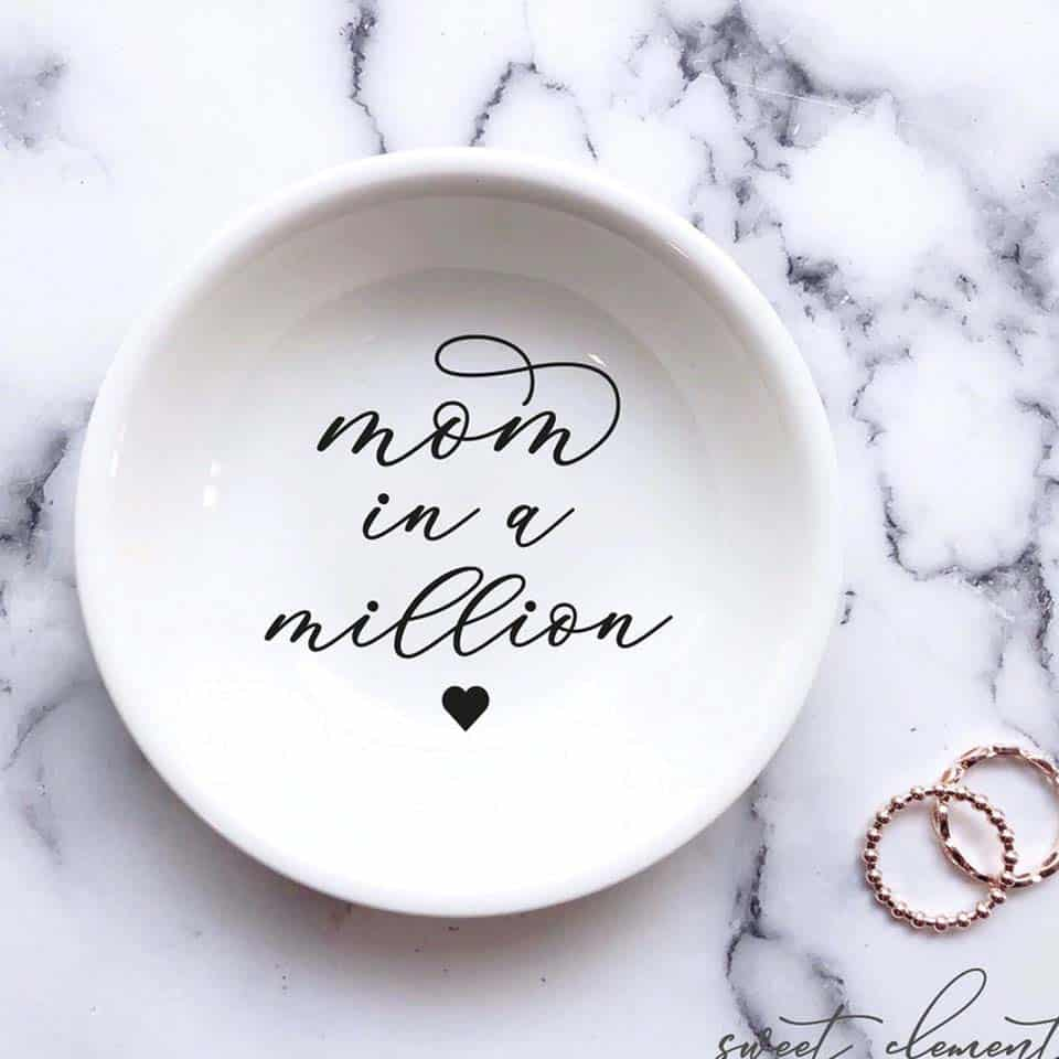 Ceramic Ring Dish - gifts for mom on mothers day from daughters