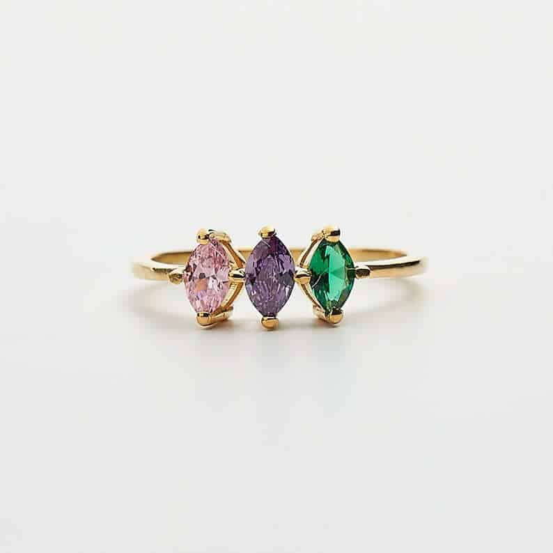 personalized gifts ideas for mom: birthstone ring