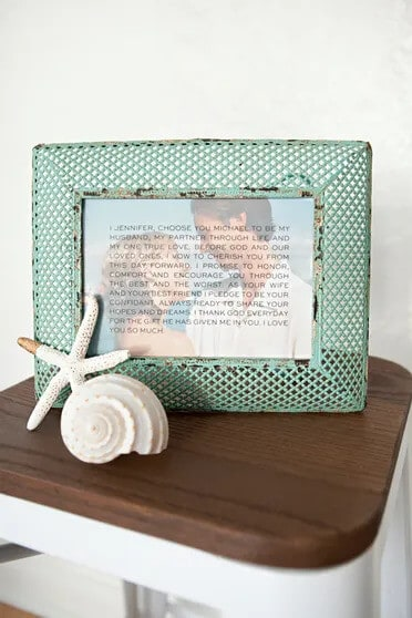 romantic homemade anniversary gifts: framed photo wedding vows