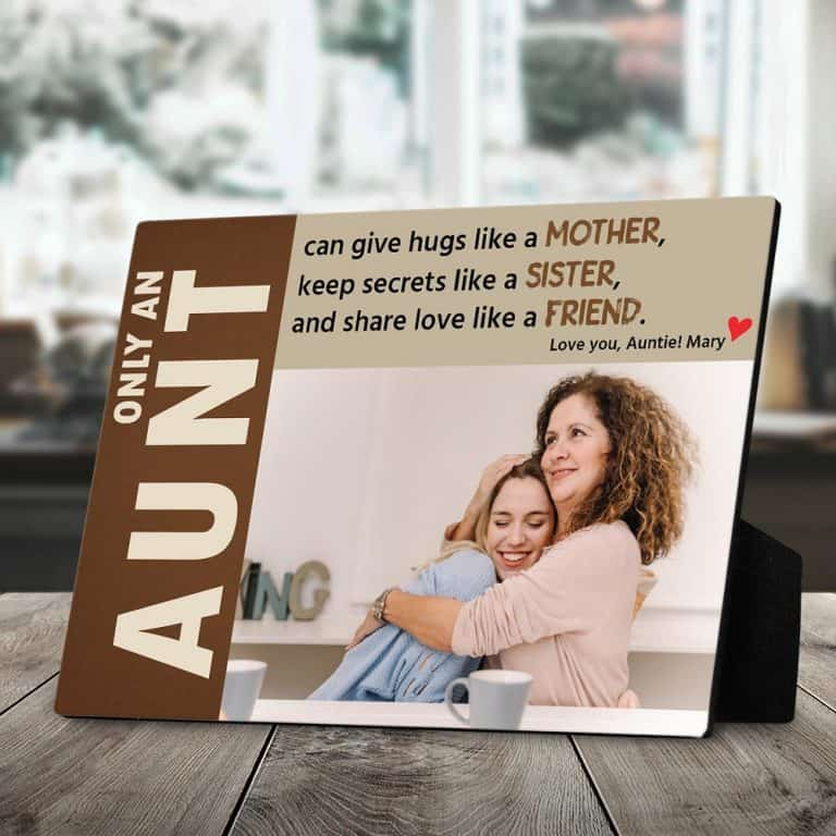 mother's day gifts for aunts - custom desktop plauqe