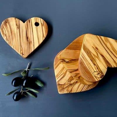 creative anniversary ideas for her: Heart Shape Coaster Set