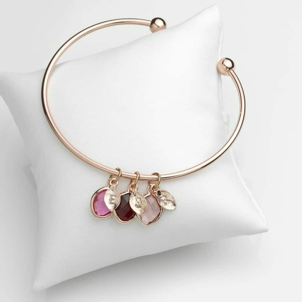 personalized grandma jewelry: birthstone bracelet