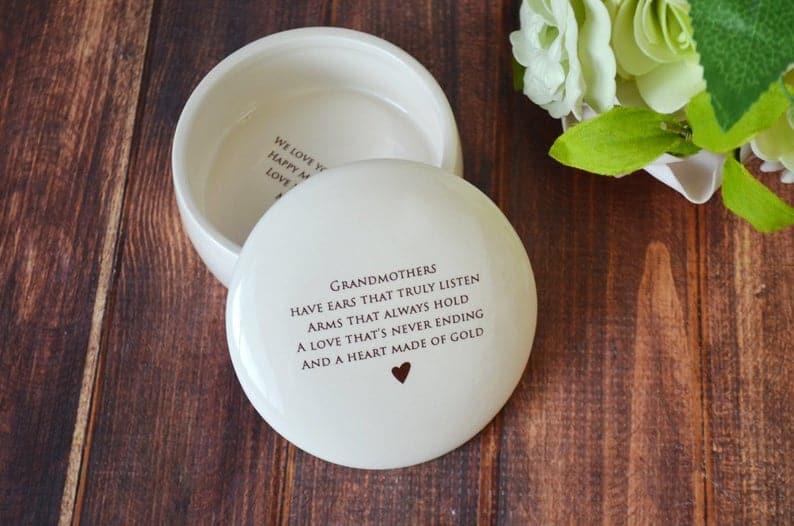 grandma personalized gifts: custom keepsake box