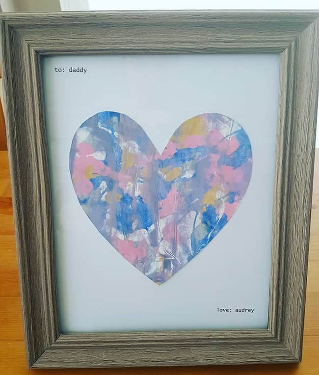 handmade father day gift from toddler: mess-free heart art