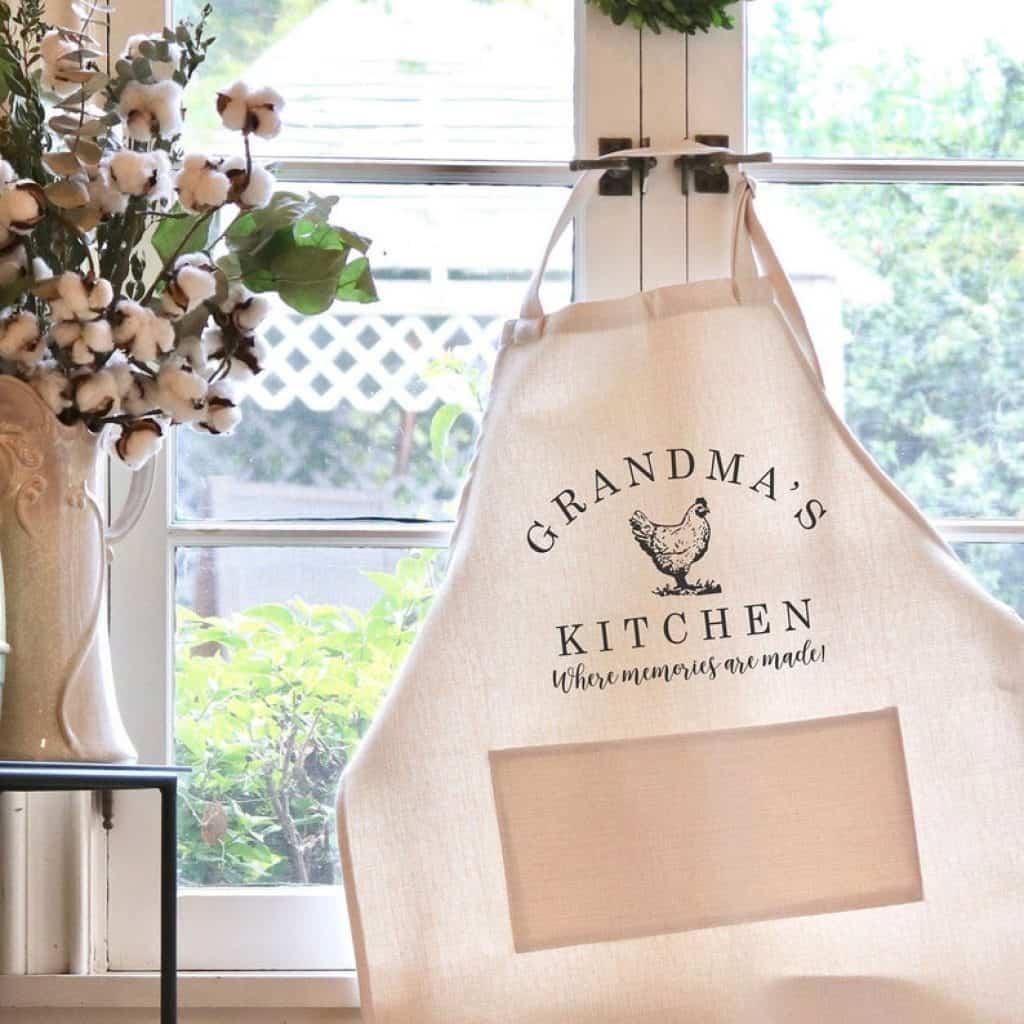 grandma personalized gifts: personalized apron