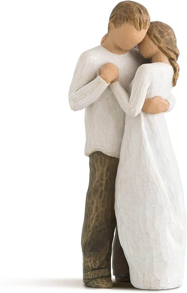 romantic anniversary gift husband: sculpted figure